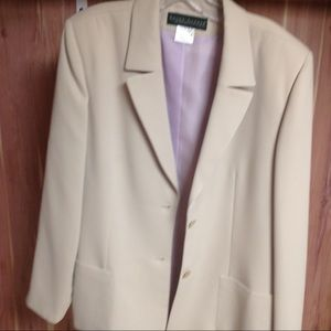 Harve Benard 3 piece suit. NWT